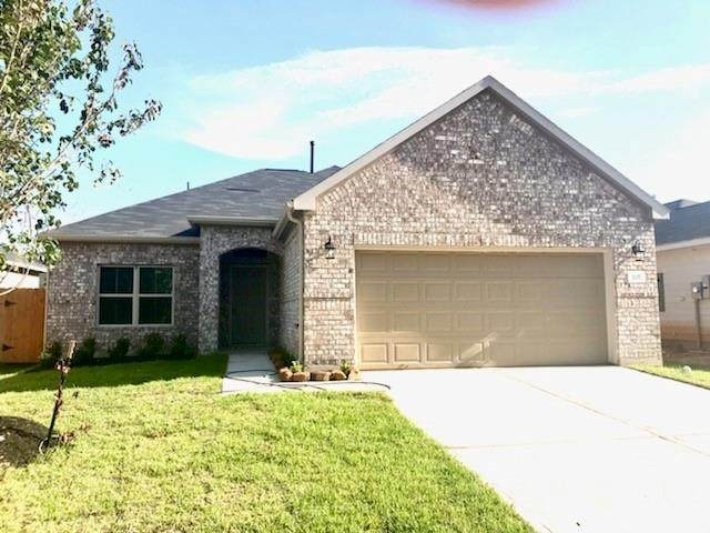 2145 Cedar Way Drive, Conroe, TX 77301 (MLS #95409646) :: The Property Guys