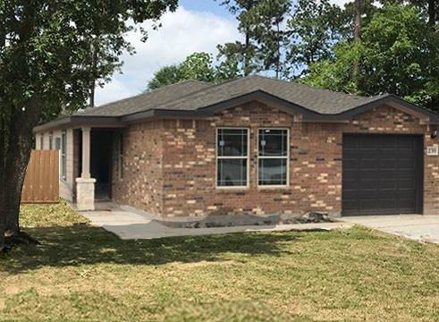 211 E Lobit, Baytown, TX 77520 (MLS #95534470) :: Texas Home Shop Realty
