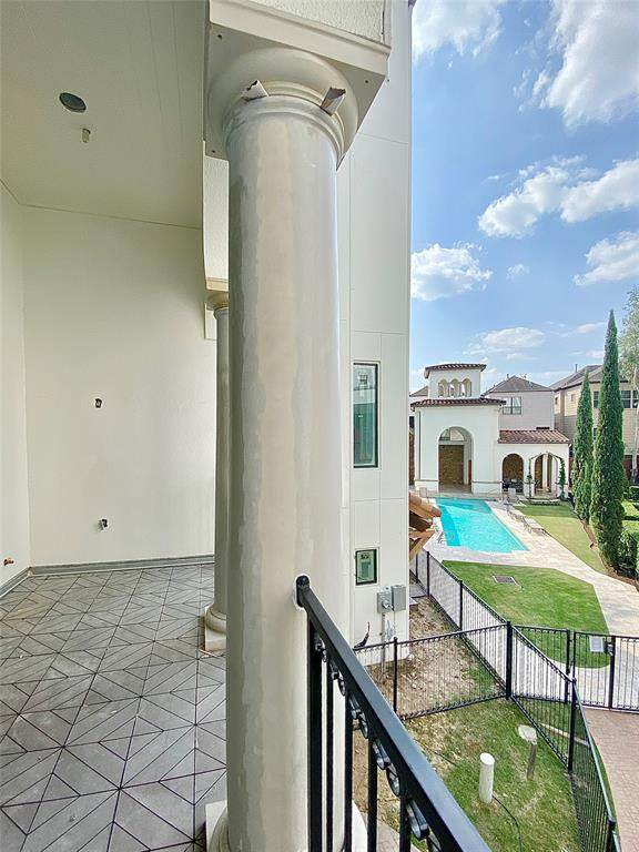 5306 Paseo Caceres Drive, Houston, TX 77007 (MLS #95692087) :: The Home Branch