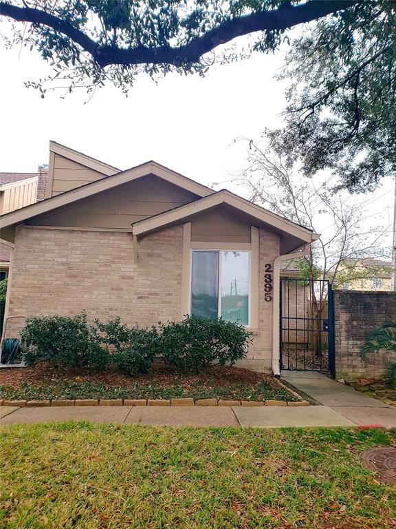 2395 Crescent Park Drive #215, Houston, TX 77077 (MLS #95698933) :: Texas Home Shop Realty