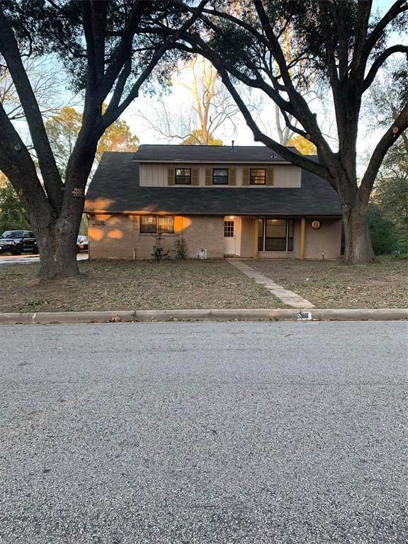 318 Elm Street, Waller, TX 77484 (MLS #95852025) :: NewHomePrograms.com LLC