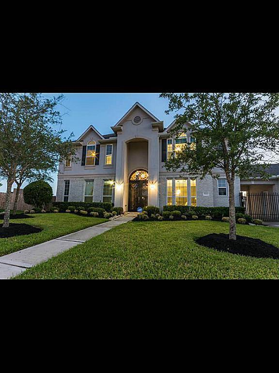 3322 Orchard Mill Lane, Pearland, TX 77584 (MLS #95970925) :: The Heyl Group at Keller Williams