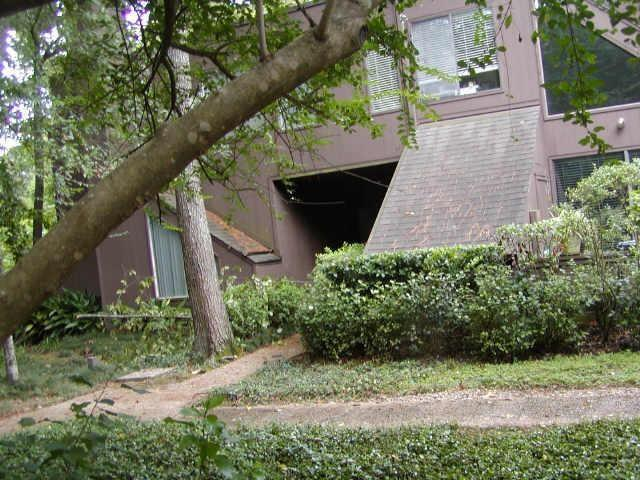 198 Litchfield Lane #198, Houston, TX 77024 (MLS #96214549) :: Krueger Real Estate