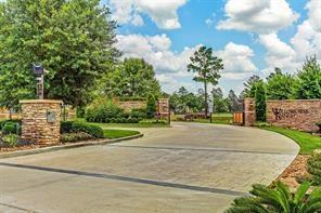 7 Moonlight Springs Drive, Tomball, TX 77377 (MLS #96455022) :: Giorgi Real Estate Group