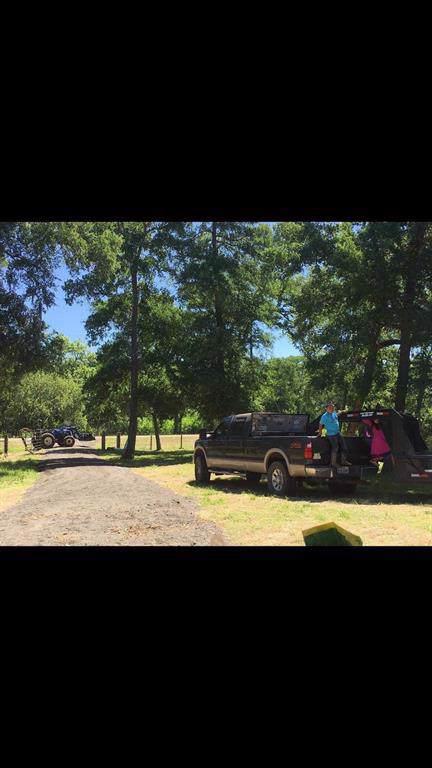 15015 Laguna Trail Trail, Needville, TX 77461 (MLS #96500888) :: Guevara Backman