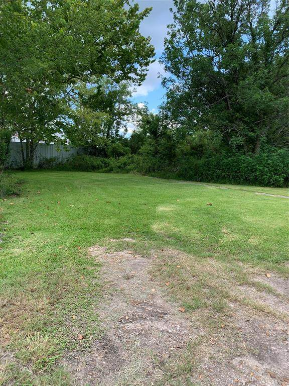 3610 E Highway 6 Highway E, Alvin, TX 77511 (MLS #96534382) :: Keller Williams Realty