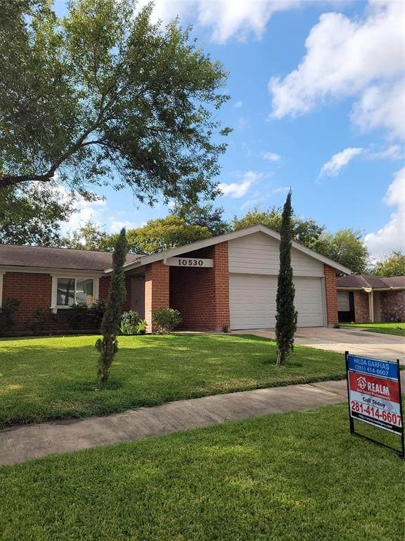 10530 Towne Square Road, Sugar Land, TX 77498 (MLS #96615020) :: Michele Harmon Team