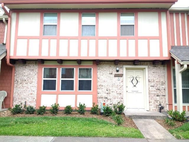 10480 Hammerly Boulevard #77, Houston, TX 77043 (MLS #96691251) :: Magnolia Realty