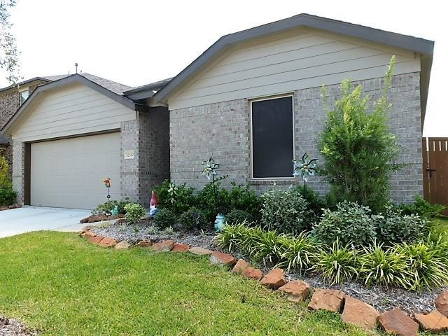 12330 Breckenwood Mills Drive, Humble, TX 77346 (MLS #96764126) :: Texas Home Shop Realty