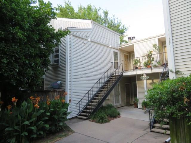 9809 Richmond Avenue A13, Houston, TX 77042 (MLS #96956189) :: The Heyl Group at Keller Williams