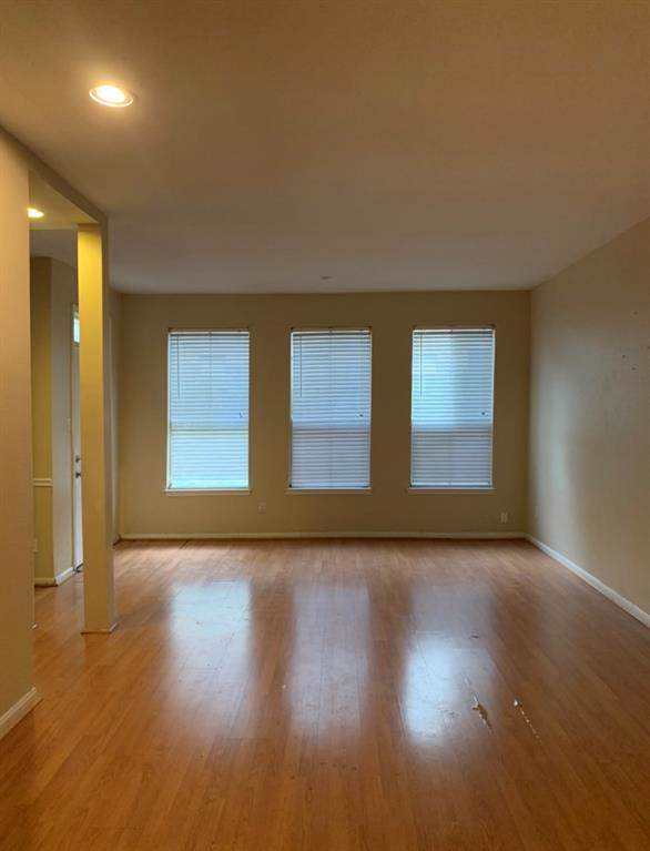 2100 Tanglewilde Street #35, Houston, TX 77063 (MLS #97209301) :: Ellison Real Estate Team