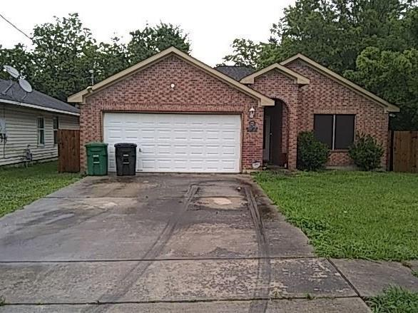 5726 Haight Street, Houston, TX 77028 (MLS #97231757) :: The Parodi Team at Realty Associates