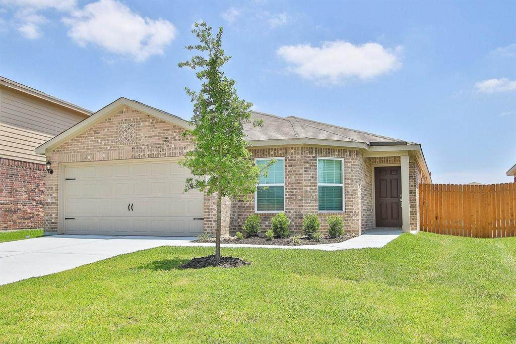 20827 Solstice Point Drive - Photo 1
