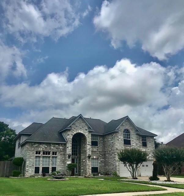 106 Rosemary Lane, Lake Jackson, TX 77566 (MLS #97586316) :: Green Residential