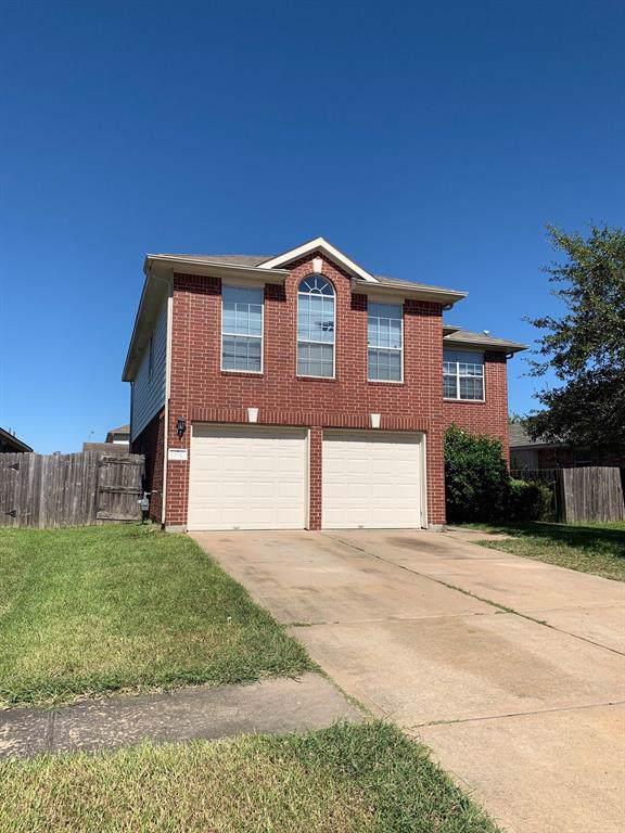 13910 Magnolia Lake Lane, Houston, TX 77083 (MLS #97937163) :: The SOLD by George Team