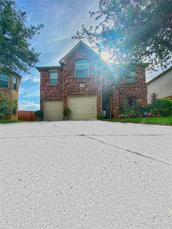 1915 Eddlewood Court, Houston, TX 77049 (MLS #97955409) :: NewHomePrograms.com LLC