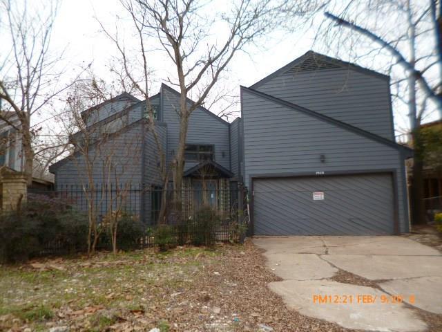 14118 Briarhills Parkway, Houston, TX 77077 (MLS #98023070) :: Oscar Fine Properties