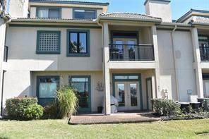 495 Mariners Drive, Kemah, TX 77565 (MLS #9809653) :: Ellison Real Estate Team