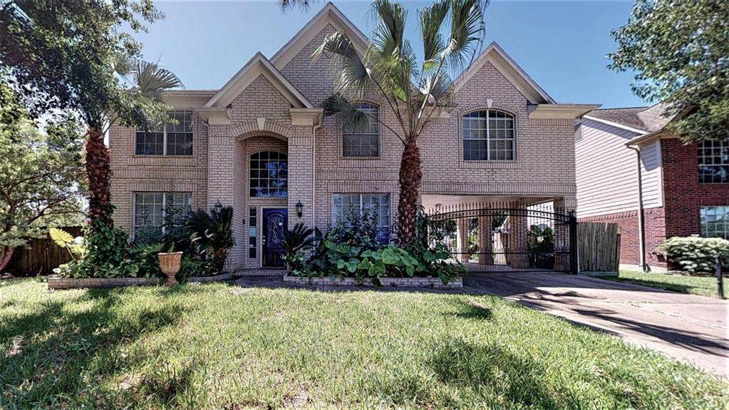 10707 Willow Crossing Court - Photo 1
