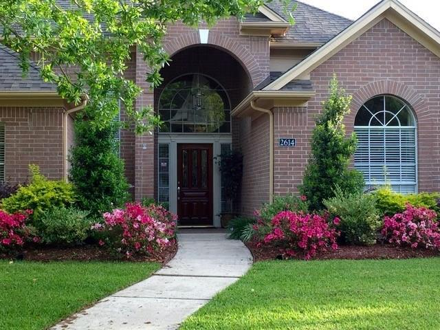 2614 Cypress Court, Seabrook, TX 77586 (MLS #9866649) :: Texas Home Shop Realty