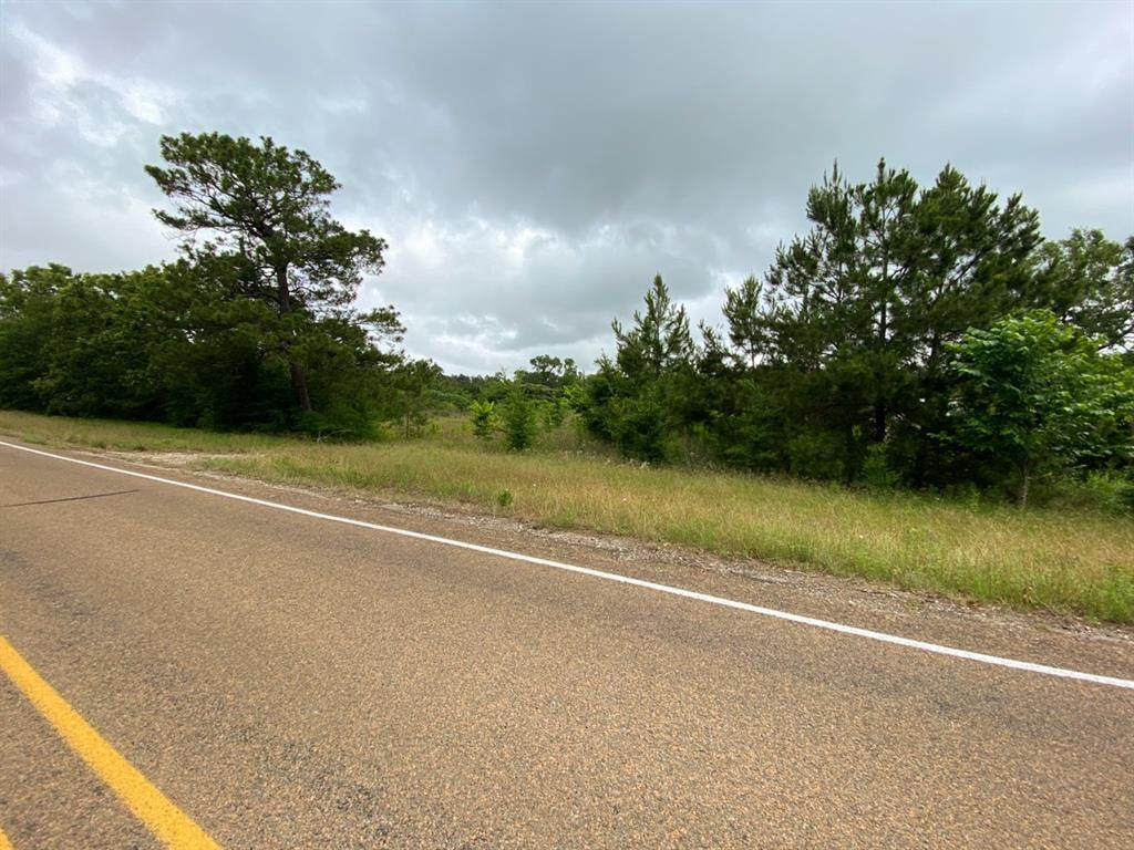 748 I-45 Frontage Rd - Photo 1