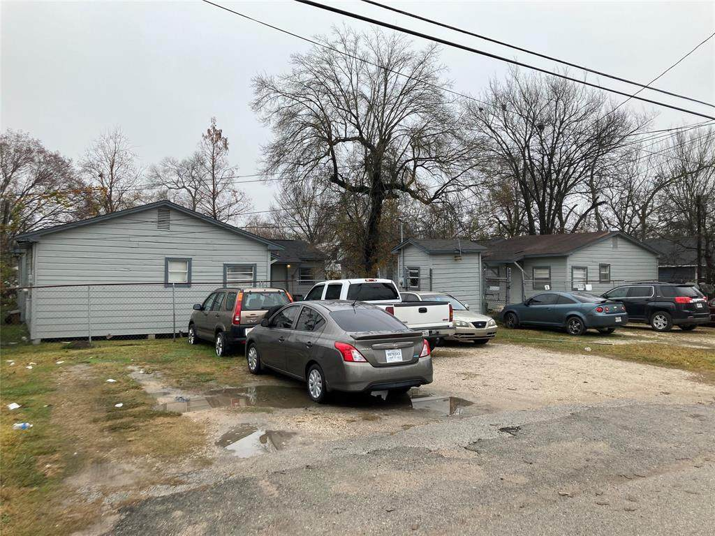 14337 Texarkana Street - Photo 1