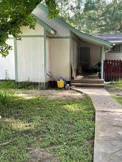 9574 Darkwood Street, Willis, TX 77318 (MLS #9983487) :: Lerner Realty Solutions