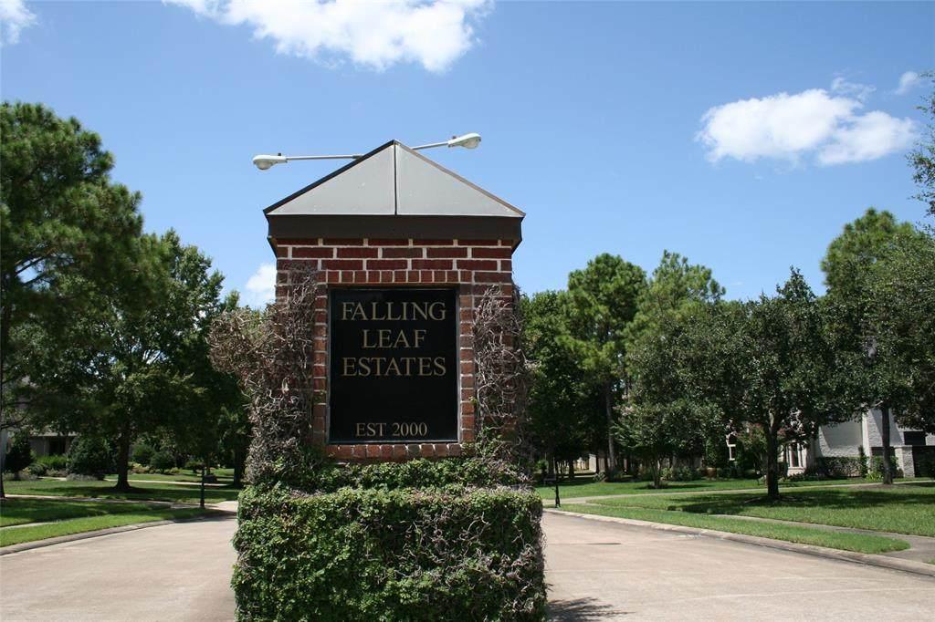 5 Falling Leaf Court - Photo 1
