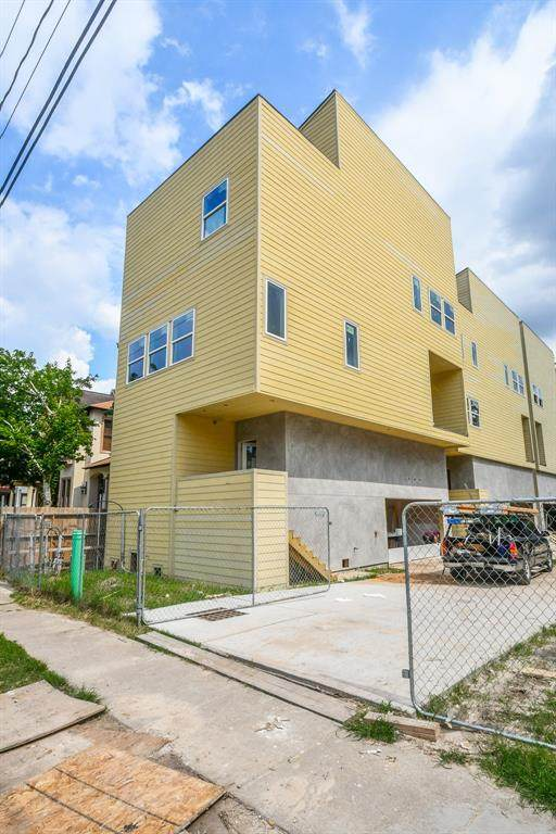 1422 W 23rd Street A, Houston, TX 77008 (MLS #12611570) :: All Cities USA Realty