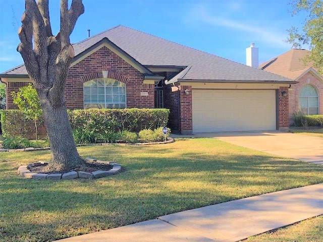 2307 Fern Grove Lane, Houston, TX 77059 (MLS #26681321) :: The SOLD by George Team