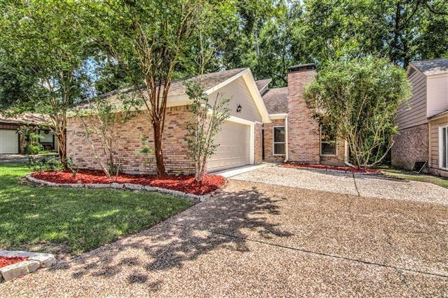 714 Player Court, Conroe, TX 77302 (MLS #27229877) :: The SOLD by George Team