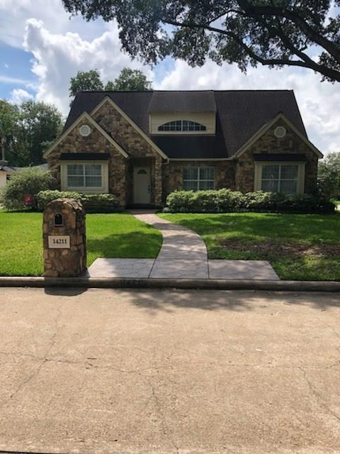 14211 Burgoyne Road, Houston, TX 77077 (MLS #28508405) :: The Heyl Group at Keller Williams