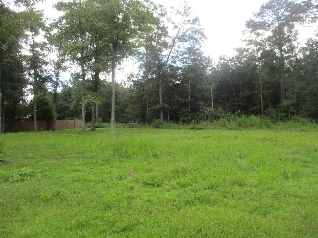 318 Hickory Drive - Photo 1