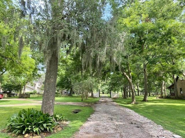 6115 Old Oak Circle, Sugar Land, TX 77479 (MLS #34978970) :: Connect Realty