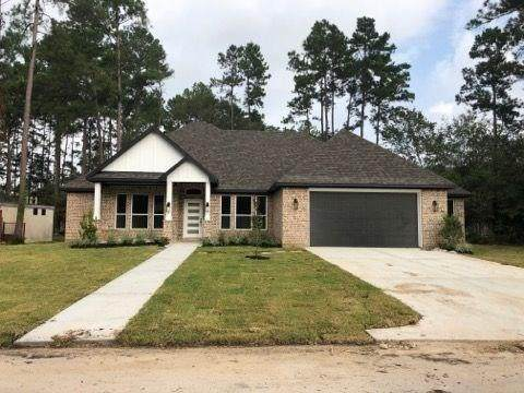 70 Artesian Way, New Caney, TX 77357 (MLS #38268246) :: The Freund Group