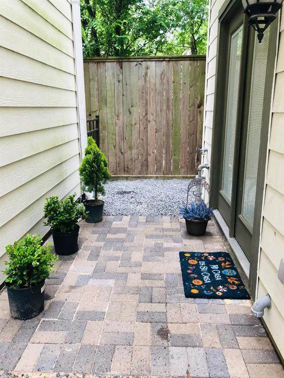 8203 Cambridge Street, Houston, TX 77054 (MLS #39313007) :: Michele Harmon Team