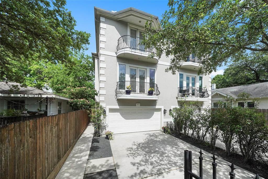 2819 Houston Avenue - Photo 1