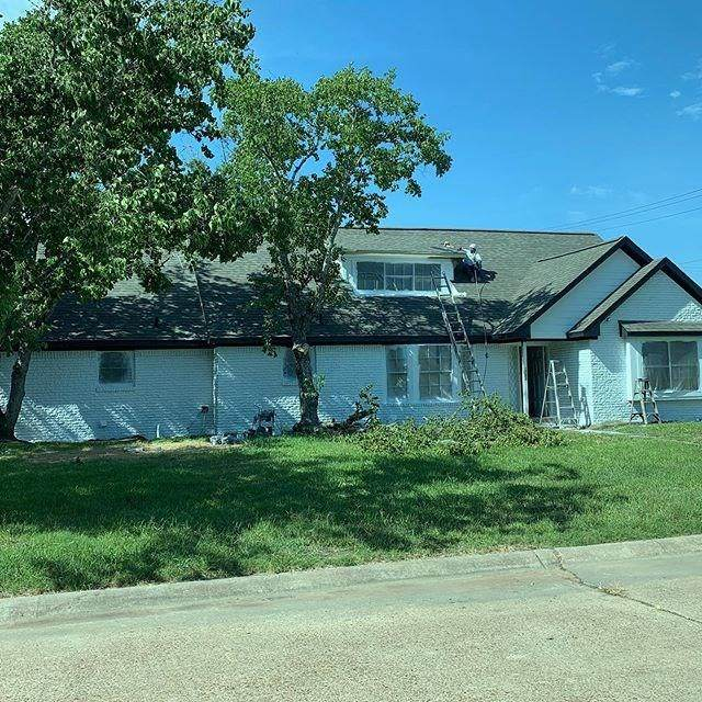 1702 W 11th Street, Freeport, TX 77541 (MLS #40323451) :: The SOLD by George Team