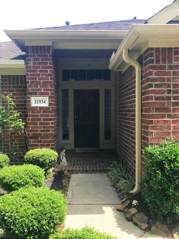 11934 Maureens Way, Pinehurst, TX 77362 (MLS #41036991) :: Bay Area Elite Properties