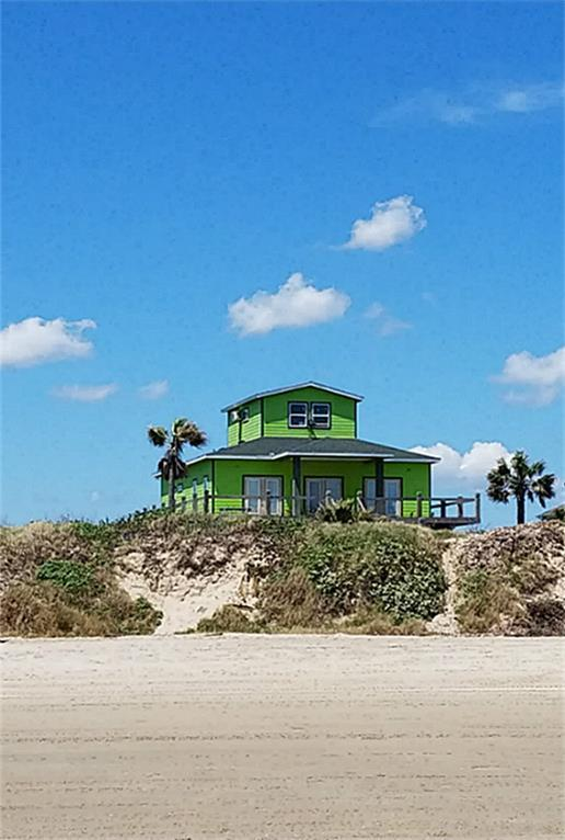 1750 Redfish, Crystal Beach, TX 77650 (MLS #43393974) :: Texas Home Shop Realty