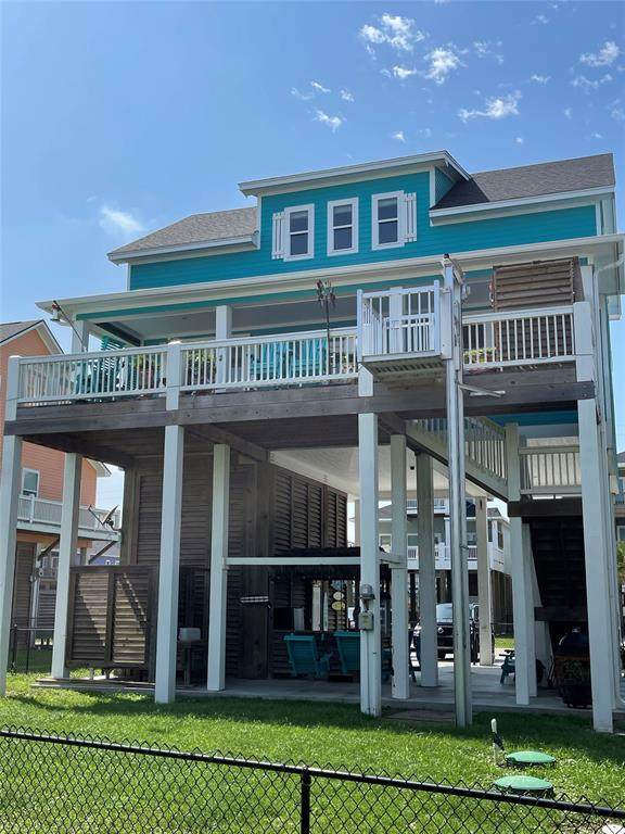 2778 Gulfview Lane, Crystal Beach, TX 77650 (MLS #43646596) :: My BCS Home Real Estate Group