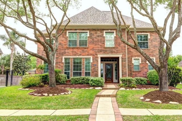 38 Twin Valley Drive, Sugar Land, TX 77479 (MLS #43789299) :: Fairwater Westmont Real Estate
