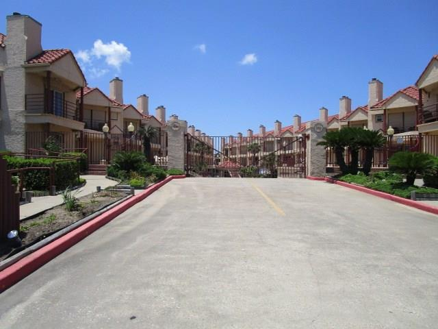 7312 Seawall Boulevard #210, Galveston, TX 77551 (MLS #45940638) :: Krueger Real Estate