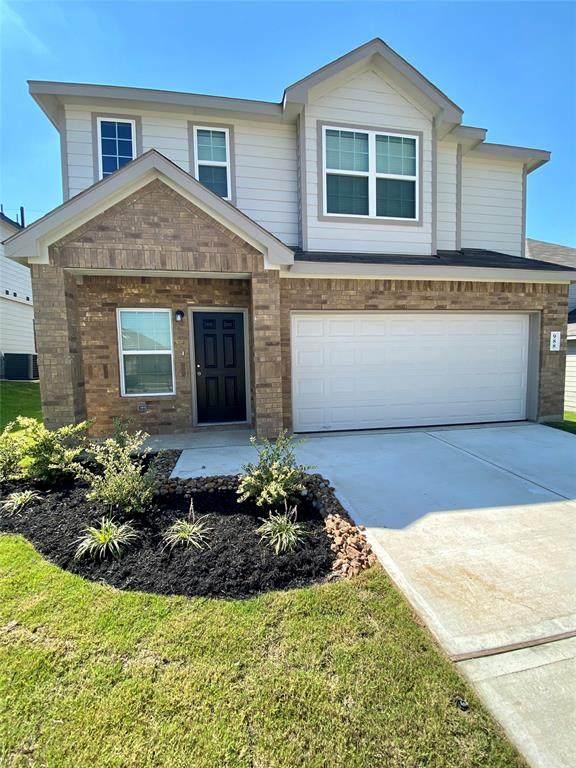 988 Crossing Drive, Bryan, TX 77803 (MLS #47513620) :: My BCS Home Real Estate Group