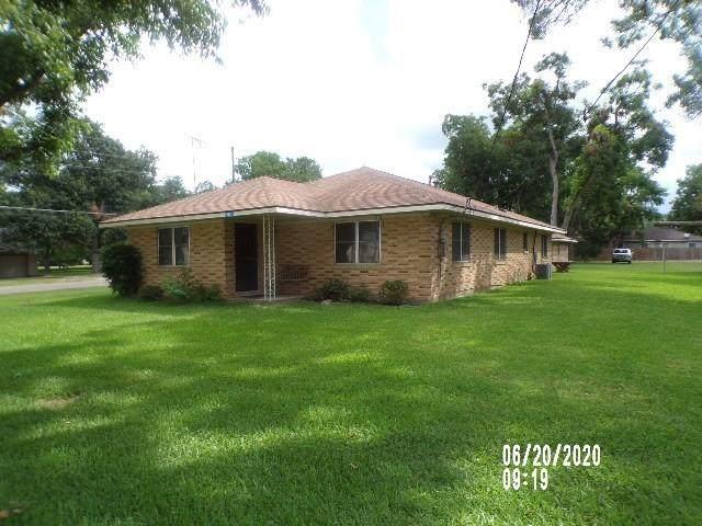 6822 Church Street, Wallis, TX 77485 (MLS #5212885) :: The SOLD by George Team