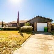 1907 W Humble Street, Baytown, TX 77520 (MLS #53302416) :: Texas Home Shop Realty