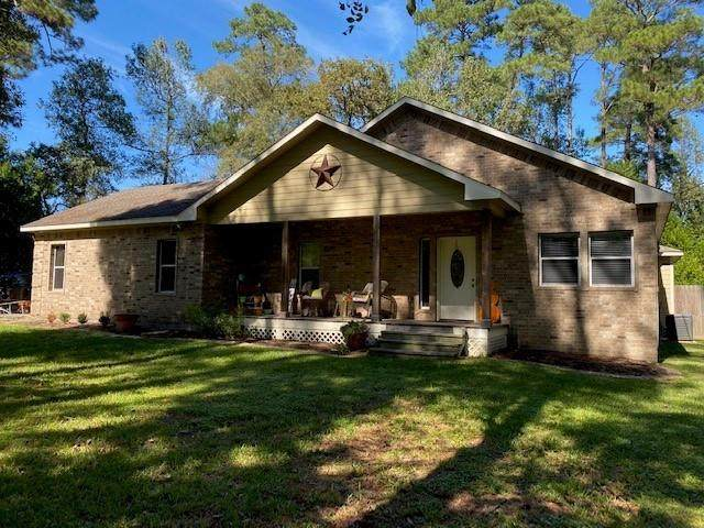 10048 Crescent Drive, Montgomery, TX 77316 (MLS #56412302) :: Connect Realty