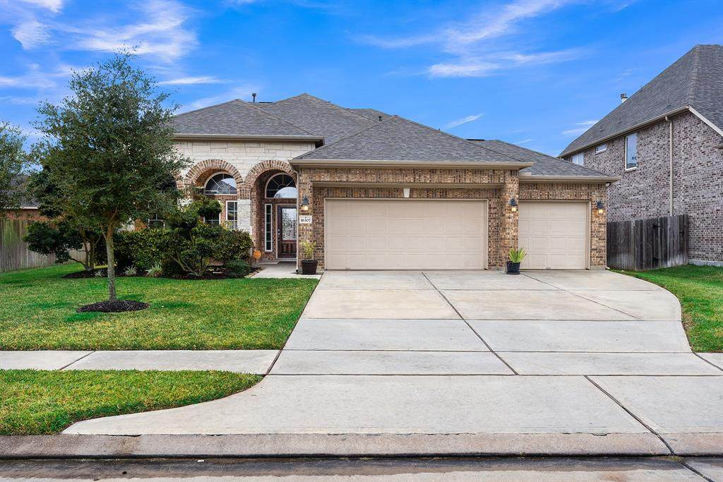 16307 Chandler Point Drive - Photo 1