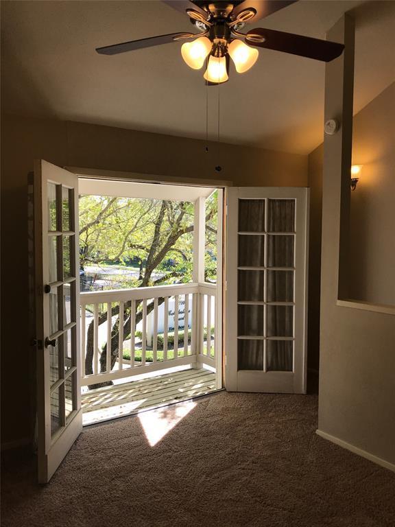 11710 Southlake Drive #10, Houston, TX 77077 (MLS #64480231) :: Magnolia Realty