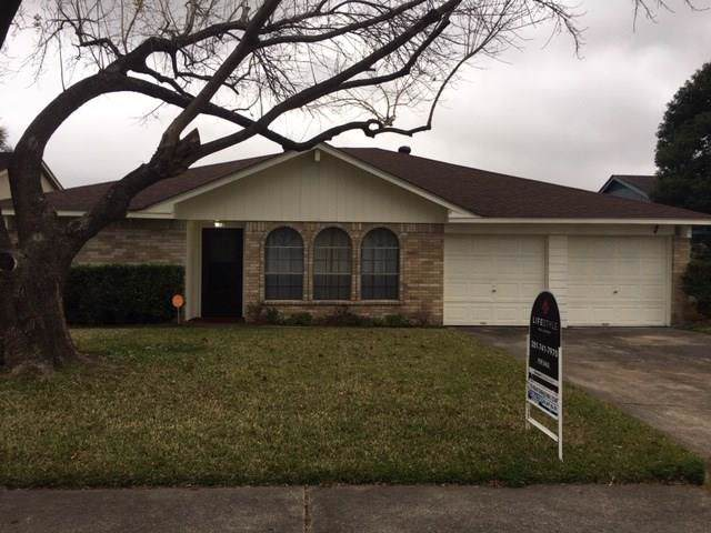17031 Stone Stile Drive, Friendswood, TX 77546 (MLS #65694608) :: Texas Home Shop Realty
